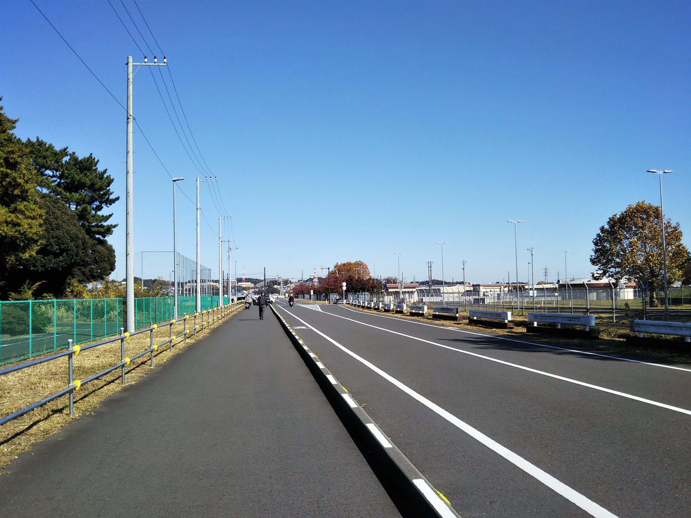 スポレク公園までの歩道
