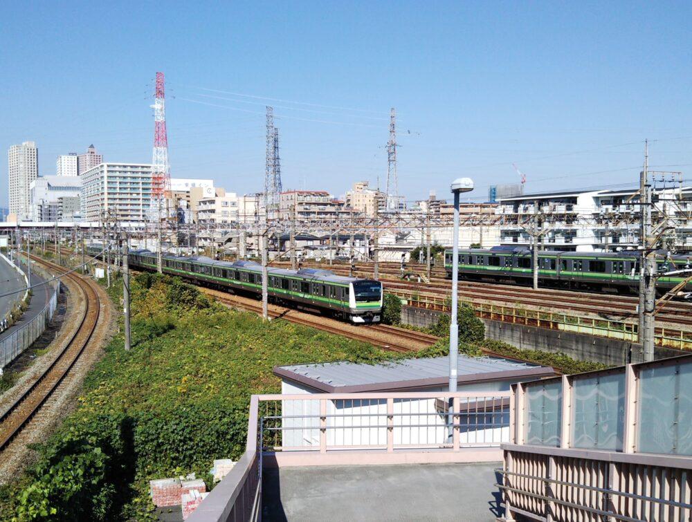橋本駅で見える横浜線の車両基地