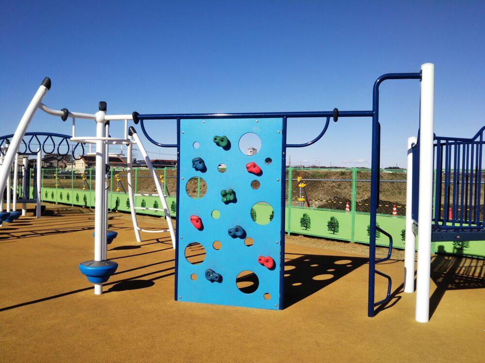 スポレク公園にあるクライミング遊具