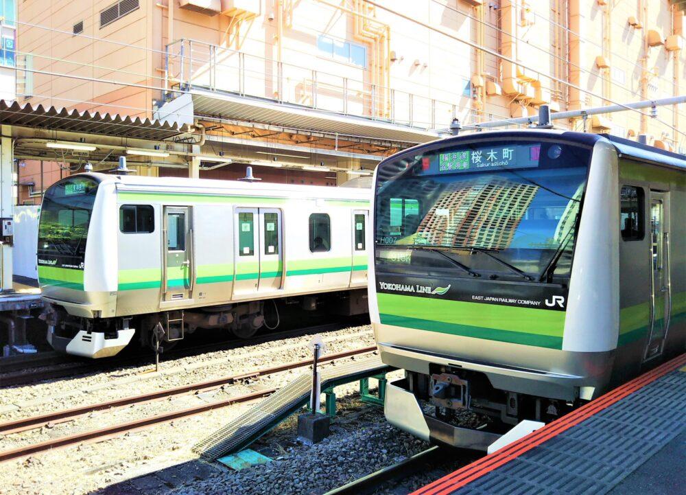橋本駅に並ぶ横浜線の電車