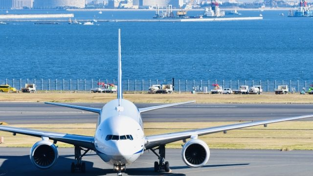 空港と飛行機
