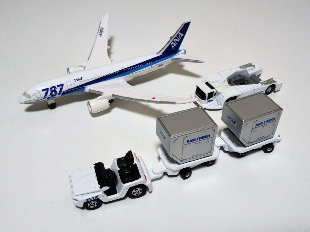 タカラトミーのトミカ『787エアポートセットANA』
