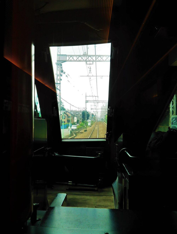 特急ロマンスカーMSEの座席1Cから見える景色