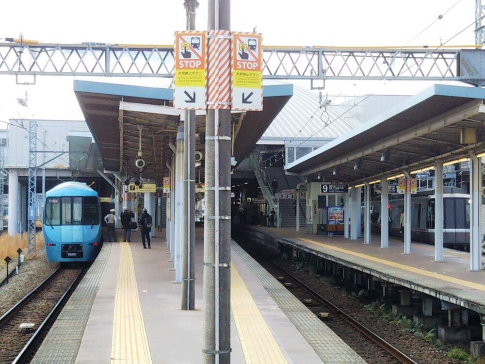 小田急線小田原駅ホーム