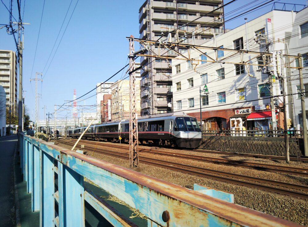 町田駅周辺で見えるロマンスカー