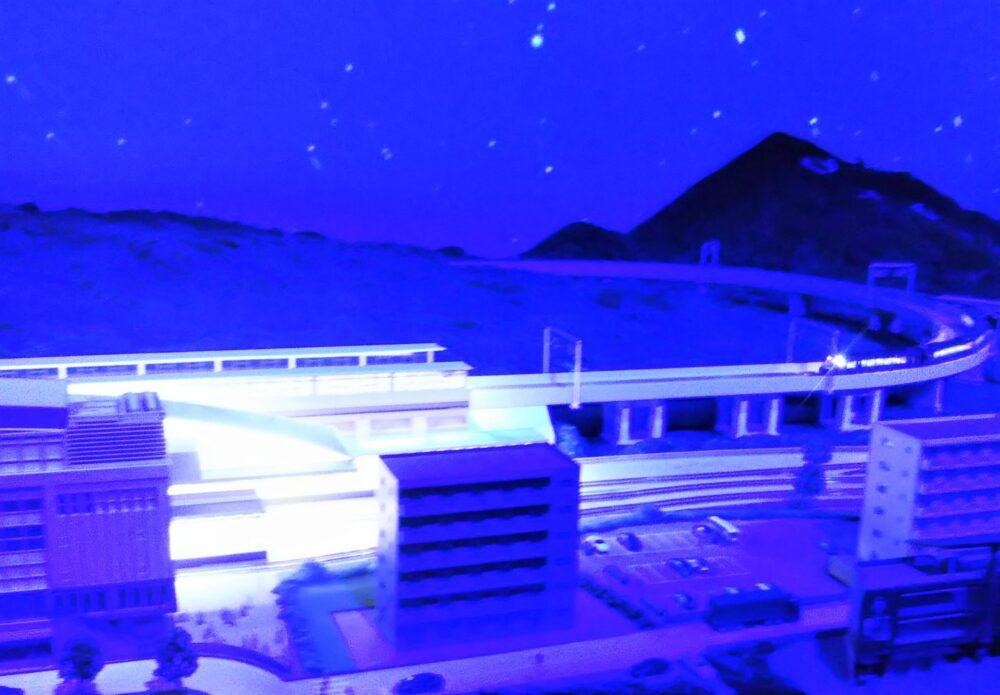 ロマンスカーミュージアムのジオラマパーク ロマンスカーGSEの運転体験(深夜)