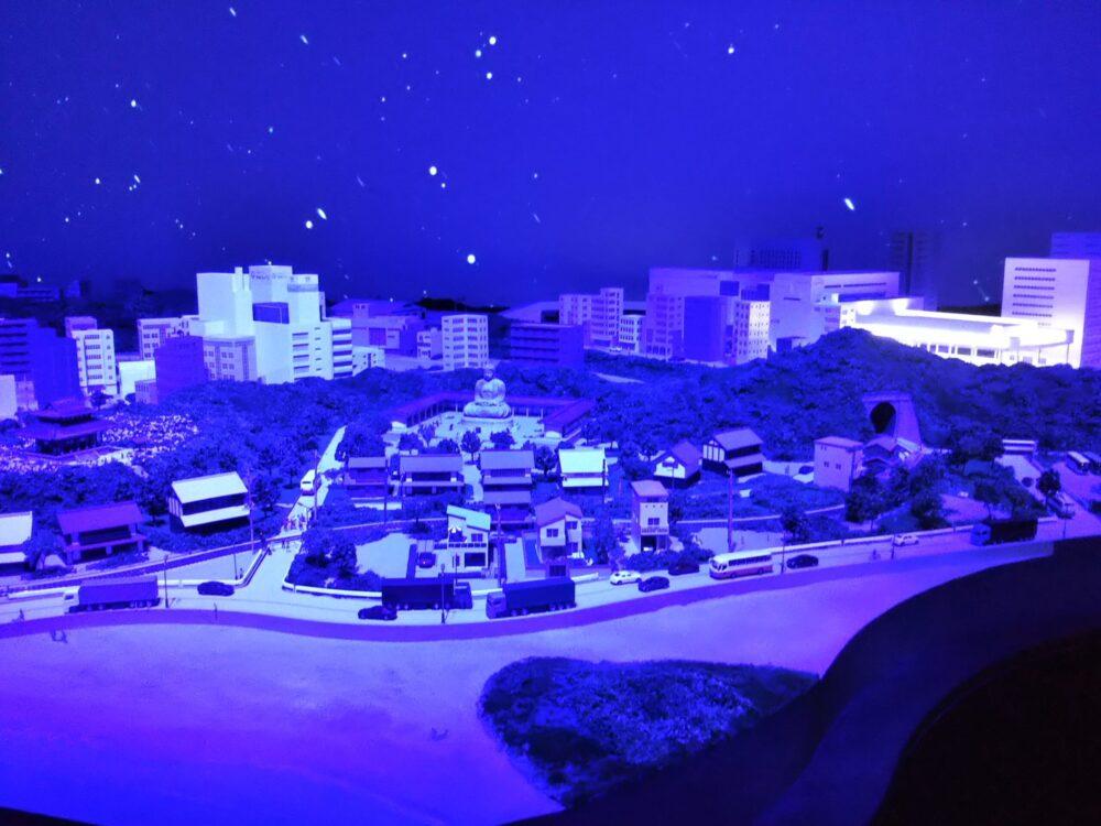 ロマンスカーミュージアム ジオラマパーク(江ノ島・鎌倉)夜