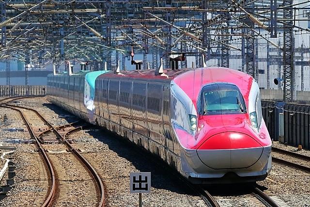 新幹線こまち&はやぶさ