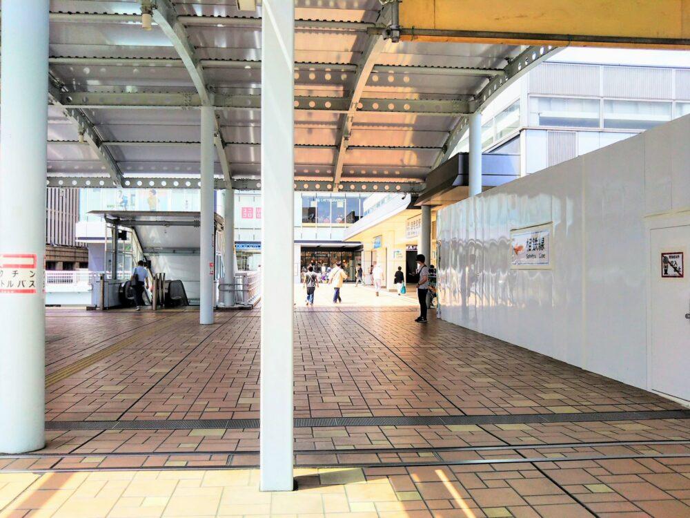 海老名駅東口周辺(2階自由通路)
