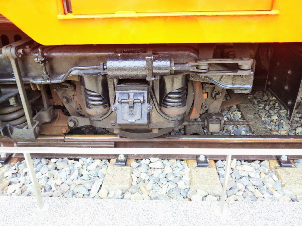 えれんなごっそカフェ|箱根登山鉄道の引退車両の車輪