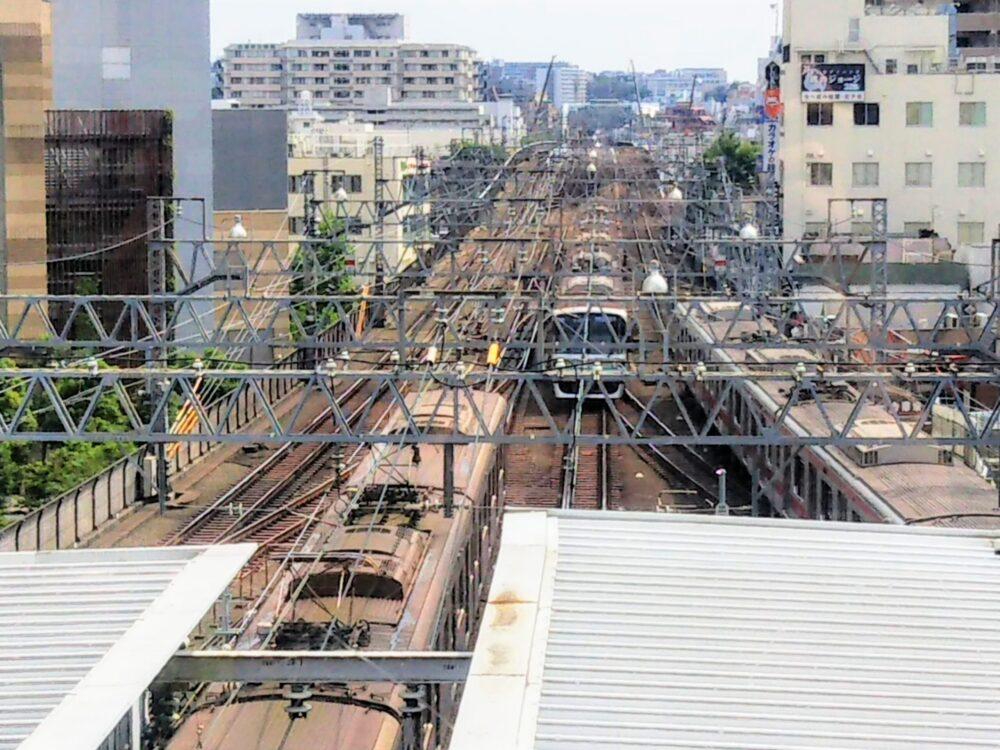 東急スクエア 展望デッキから見える電車