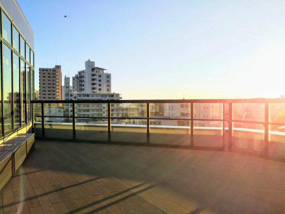 湘南モノレール 湘南江ノ島駅にある展望デッキ「ルーフテラス」